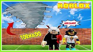 SUPER GEGE!! BANGUN RUMAH ANTI 100.000 MOB TORNADO!!! ROBLOX MIKOCIL