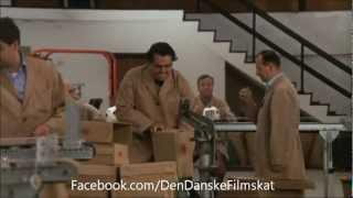 Olsen-banden på spanden (1969) - Kjeld er begejstret for sit arbejde