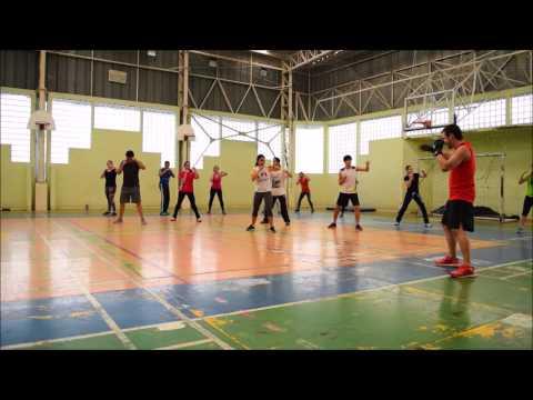 Body Combat, aula inteira