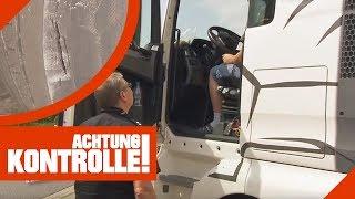 Abstandsverstoß und kaputter Reifen: LKW droht Stilllegung! | Achtung Kontrolle | kabel eins