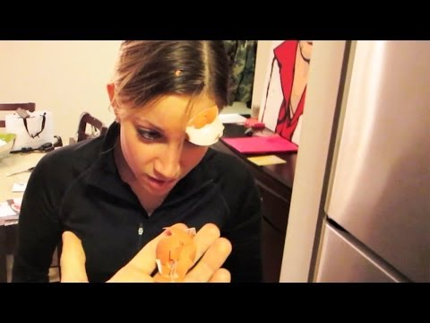 SMASHING EGGS PRANK!