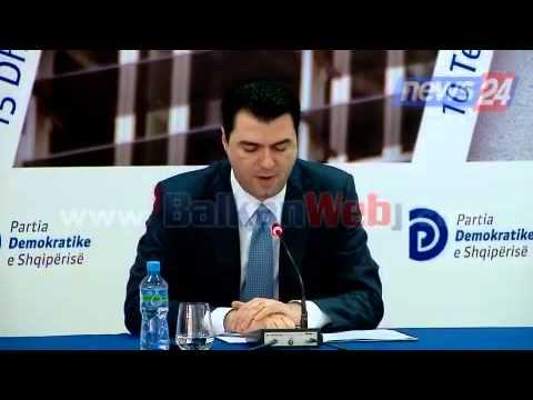 Rrëzimi i bustit Enver Hoxha, Basha: 20 shkurti një marshim-proteste
