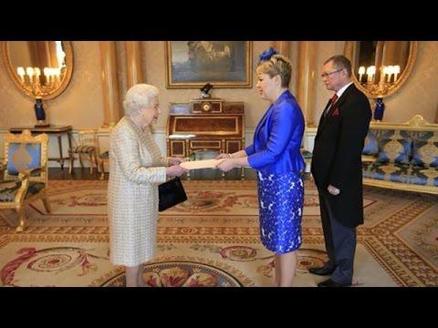 СМИ:  Посол Украины Наталья Галибаренко вручила верительные грамоты Королеве Елизавете II.