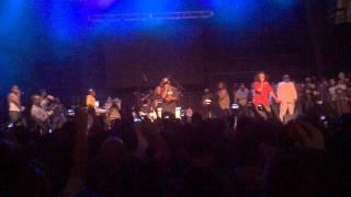 Bone Thugs-n-Harmony - Crossroads [Live]