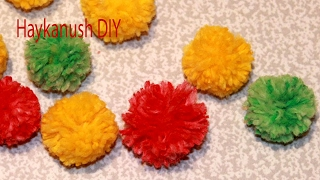 HOW TO MAKE MINI YARN POM POM BALLS