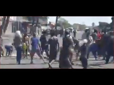 Bellville South Rioting 2018-02-28 Wednesday - Caution Very Violent!