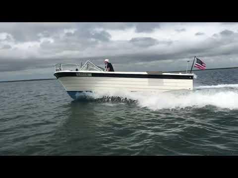 Boat Porn  '71 Penn Yan Explorer - Bringing her back to life.