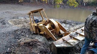 Stuck Cat 953 Track Loader