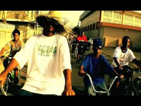 Daddy Yankee Feat  Arcangel, De La Ghetto, Guelo Star, Mc Ceja, Voltio, Ñejo, Chyno Nyno, Cosculluela Y Baby Rasta - Somos De Calle Remix [DG Films]
