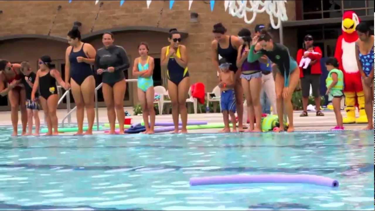 World 39 S Largest Swim Lesson 2012 At Splash La Mirada Regional Aquatics Center Hd Youtube
