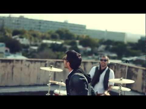 Radial - Que tengo que ofrecerte (Video Oficial) HD