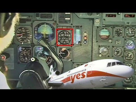 AMAZING VIDEO - MUST SEE L-1011 Tristar flying at just 1,000 feet!