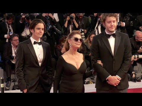 Susan Sarandon and more on the red carpet in Venice