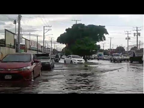 Lluvia causa estragos en calles de Managua, Nicaragua