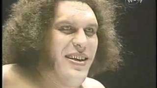 Andre The Giant, Rocky Johnson and Tony Atlas vs The Wild Samoans (MSG - 1-23-84)