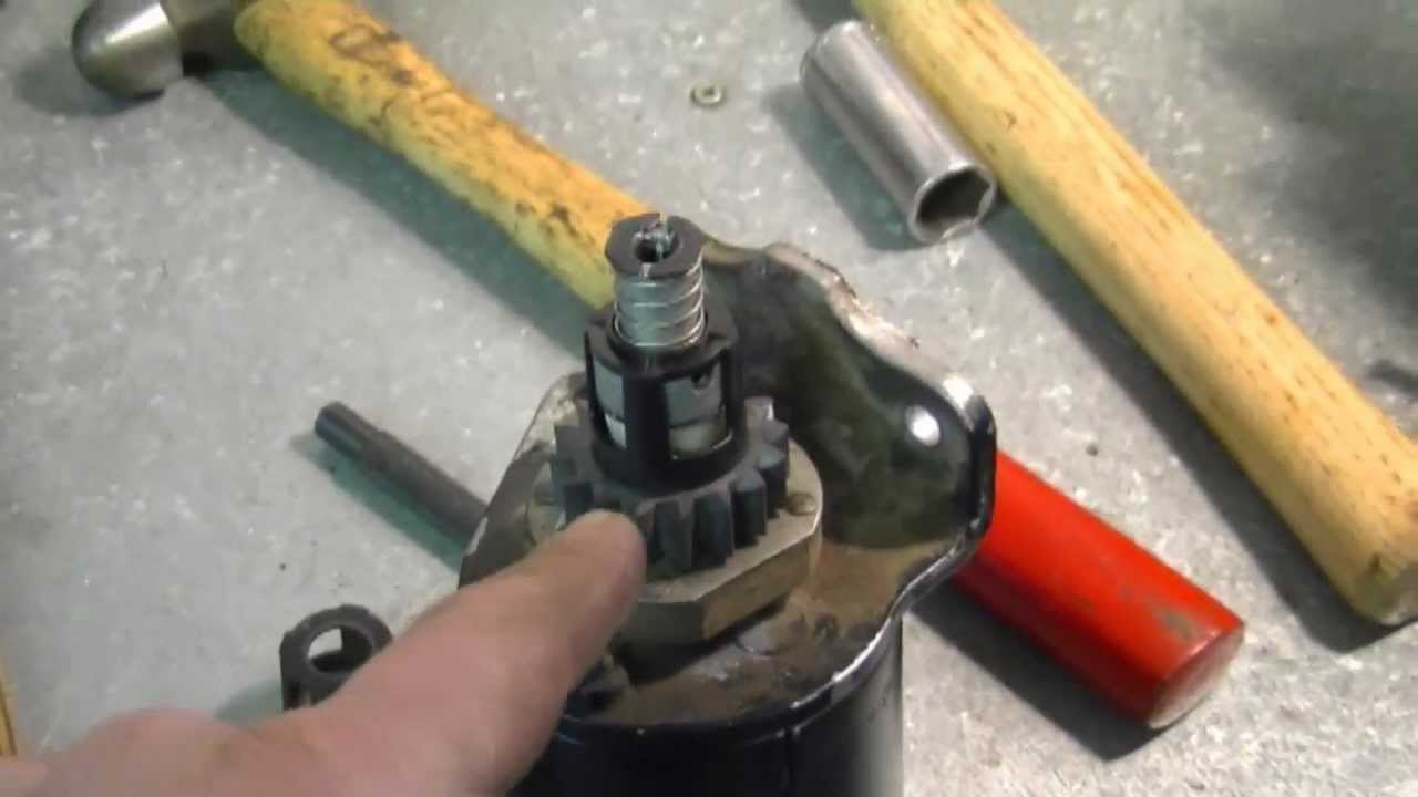 Riding Lawn Mower Gears : Lawn tractor starter gear repair with briggs stratton