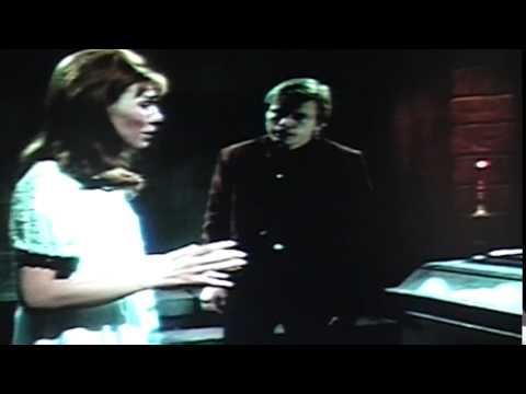 Dark Shadows 584 - Willie tries to protect Maggie