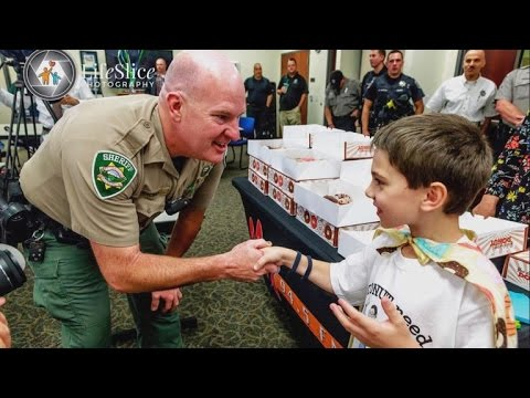 An 8-year-old boy's mission to bring every cop a doughnut