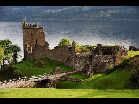 Places to visit in United Kingdom! Scotland, Loch Ness and Urquhart Castle.