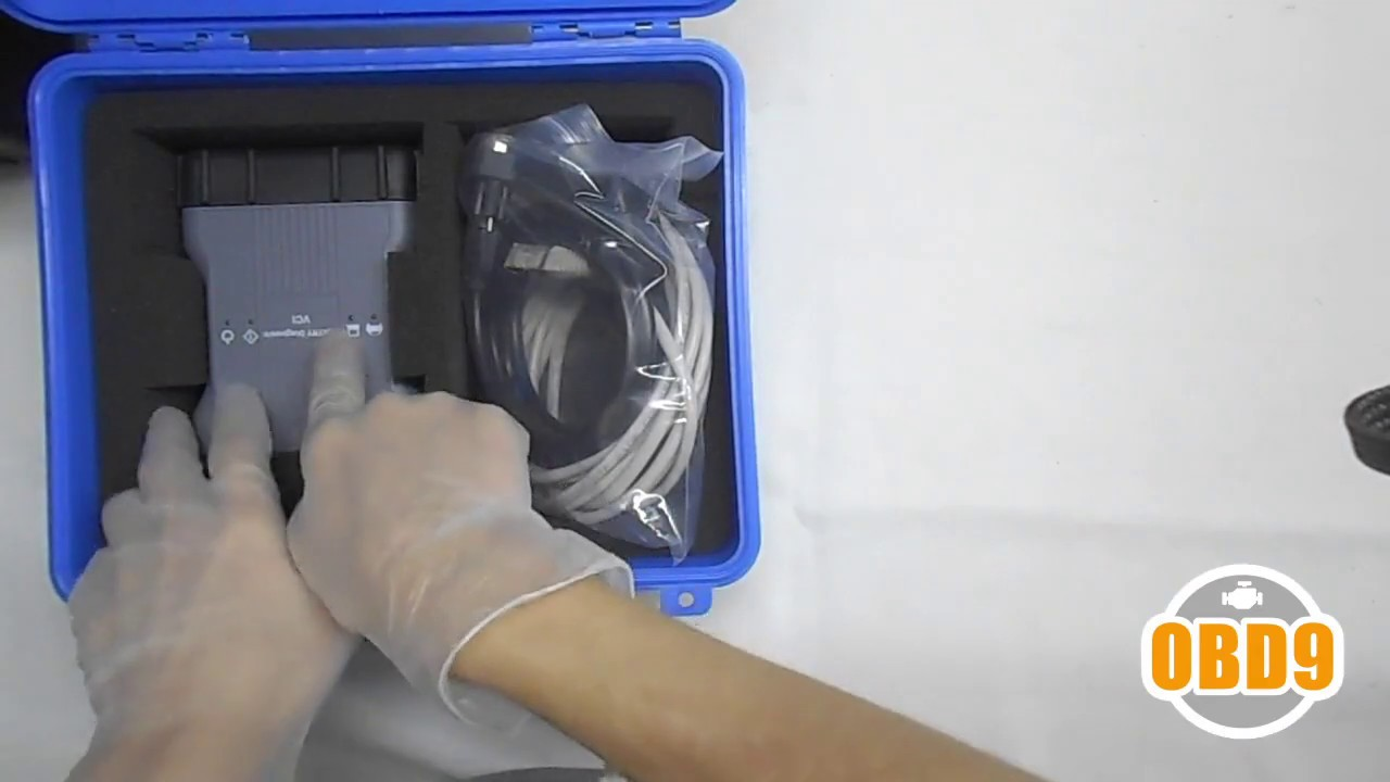 Unpacking Mercedes Benz Xentry VCI C6 Automotive Diagnostic Equipment Video