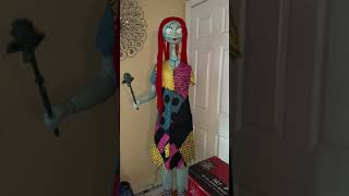 Gemmy Animated Sally Demo (missing arm ;-;)
