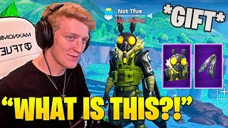 Tfue ouvre son 'FAVORITE' Fortnite SKIN YET! (HILARIOUS GIFT REACTION) - Moments Fortnite FUNNY