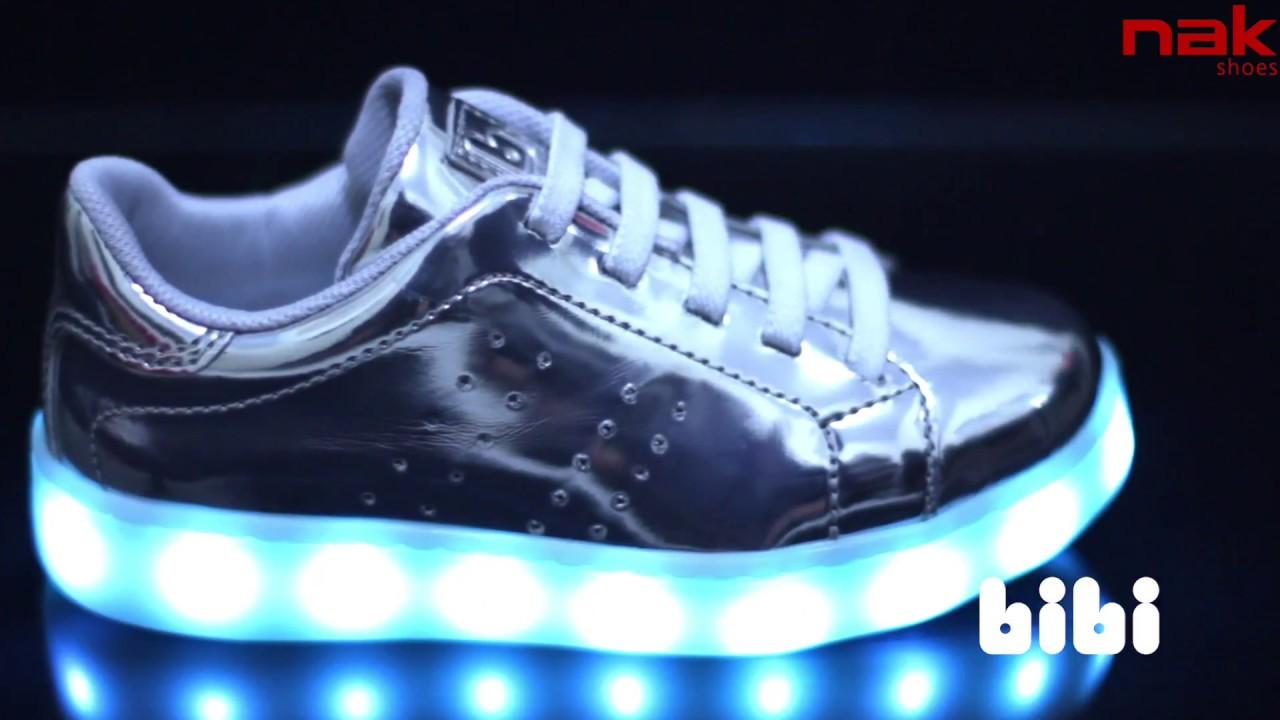 47c6a25129b Το πιο fun παιδικό sneaker με led φωτάκια που αναβοσβήνουν! #NAKshoes