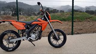 Je retrouve enfin ma moto ! // Montage moteur AM6 - Veneno | 2018