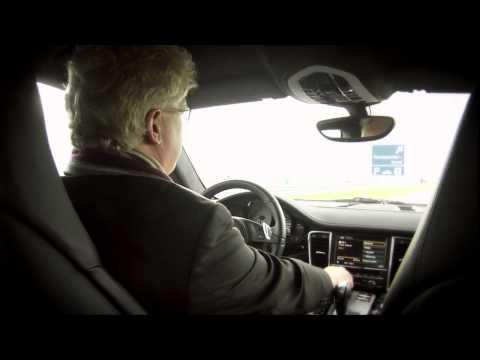 Bas van Putten test audio Porsche Panamera