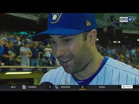 Neil Walker thanks Brewers fans after series moved to Miller Park