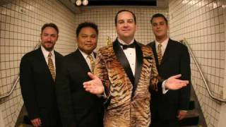 Watch Richard Cheese Freak On A Leash video