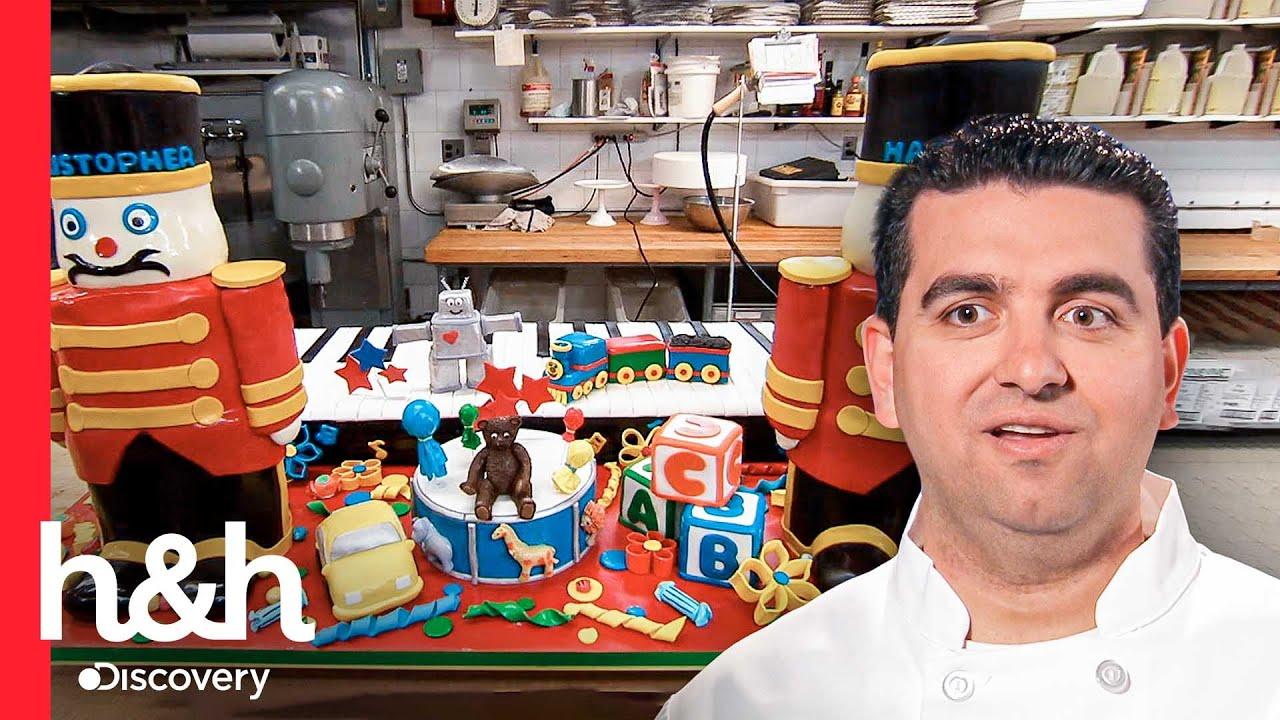 Enorme pastel de juguetes para un doble cumpleaños | Cake Boss | Discovery H&H