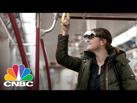eSight Glasses Restore Sight To The Blind, No Surgery Necessary | CNBC