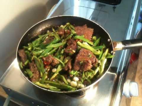 Foie de veau au cumin la marocaine simple doovi - Cuisiner le foie de veau ...