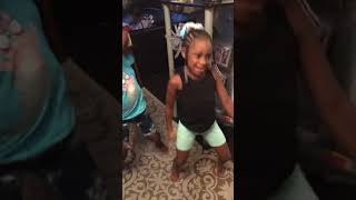 Muffy and Leasia teach us how to dance