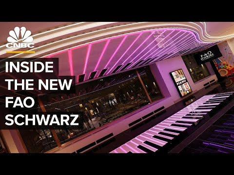 FAO Schwarz And Its Piano Are Back In NYC
