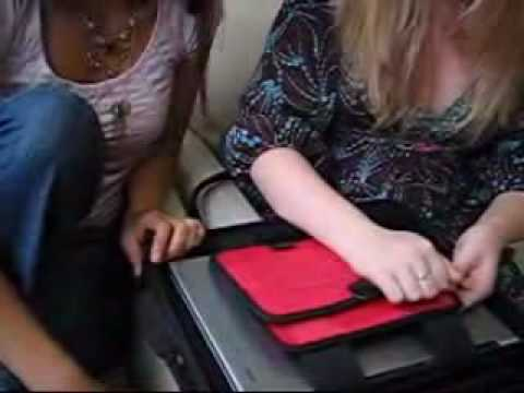 One Minute Review: Lips Laptop bag