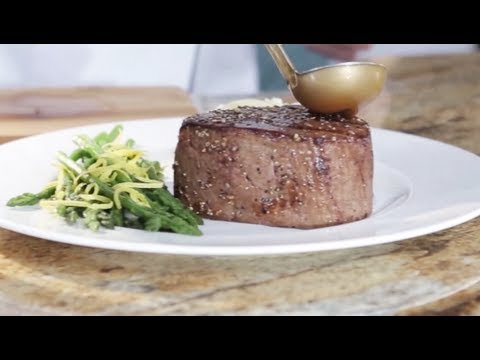 Cooking With Omaha Steaks The Filet Mignon Youtube