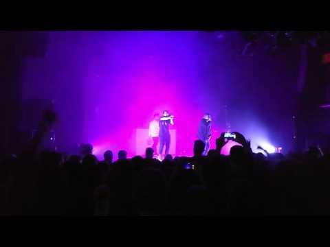 Young Kira - Motorola Razr live