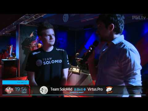 The cameraman breaks down laughing during the TSM vs. VP post game interview.