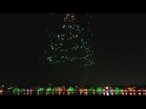 Starbright Holidays Aerial Drone show at Disney Springs