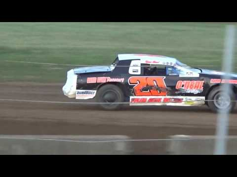 Heat Race At Paragon Speedway 8/12/17