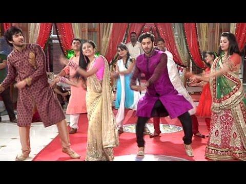 "Veera And Baldev Dance On The Tunes Of ""Delhi Wali Girlfriend"""