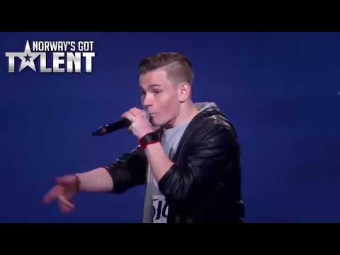Dengarkan! Lagu Rap Yang Di Sampaikan Untuk Ibu Nya Yang Sudah Tiada!