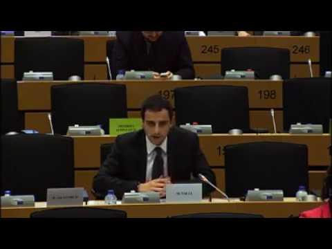 Mario Draghi mette K.O Marco Valli (M5S)