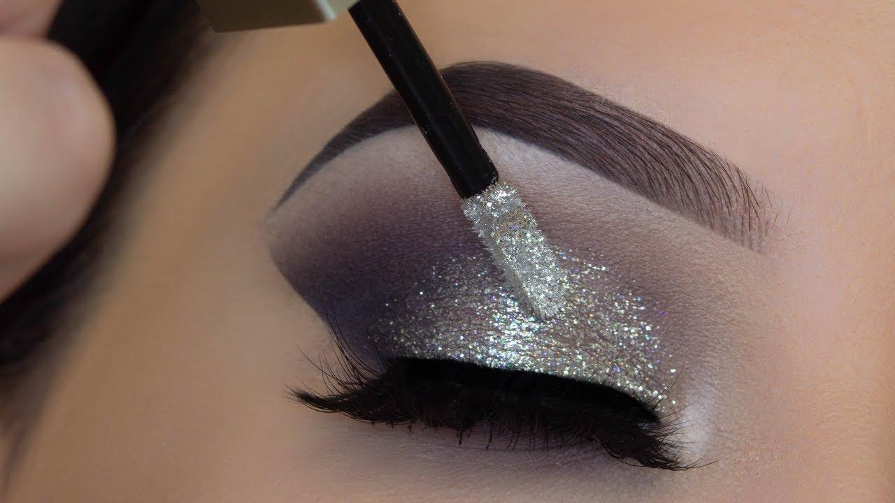 5 minute glitter eye makeup easiest glitter look ever. Black Bedroom Furniture Sets. Home Design Ideas