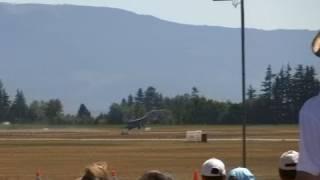 F/A-18F dirty roll near close call - Abbotsford Int