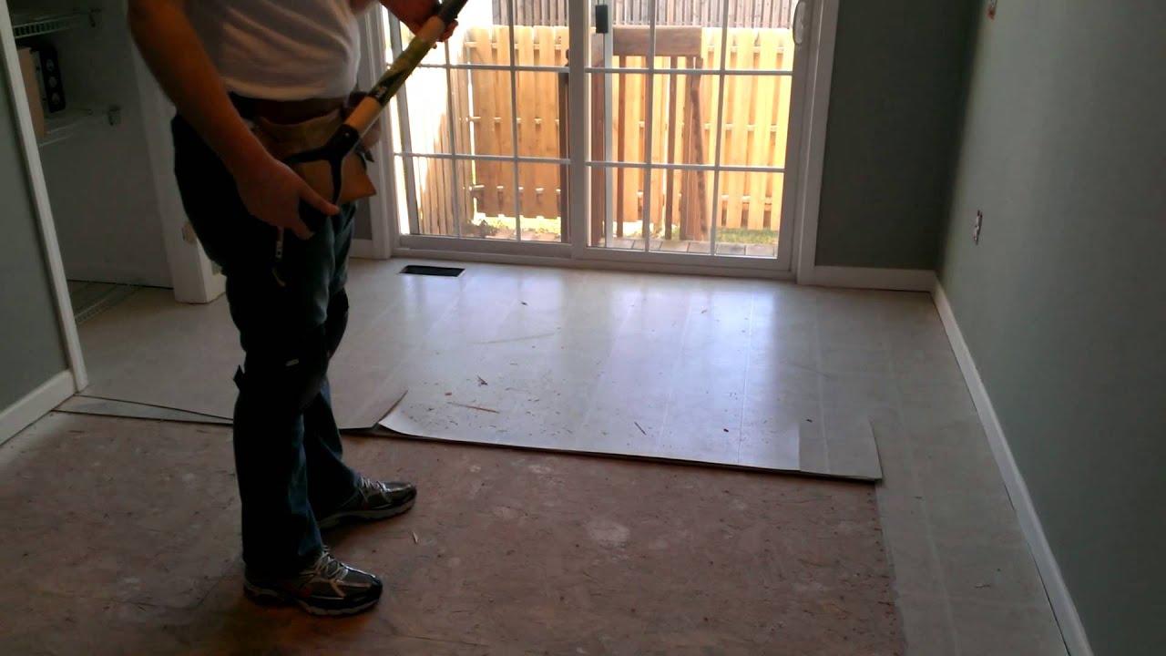 How To Remove Linoleum Flooring