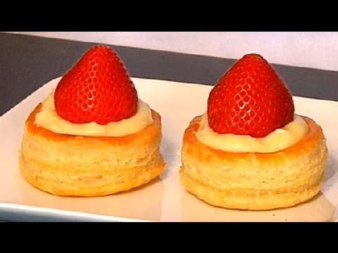 Fruit cream filled puff pastry tips from a pastry chef for Puff pastry canape