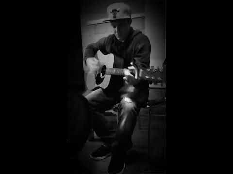 """""""Dancing on my own"""" Robyn cover by, Steven Lindsey"""
